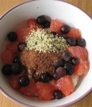 Blueberry and grapefruit porridge
