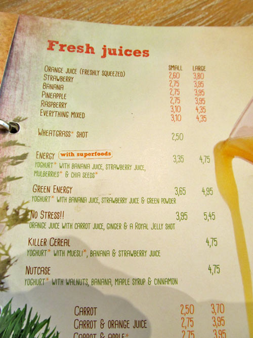 Juices and smoothies menu at Bagels & Beans