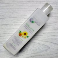 Review: Essentially Nature Light & Shine Organic Conditioner