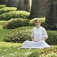 6 Benefits of Solitude and Reflection While Meditating