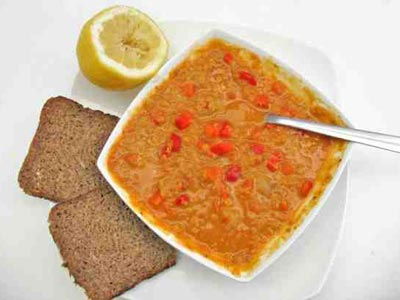 Red lentil soup with carrots