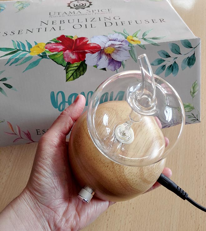 small electric aroma diffuser from utama spice