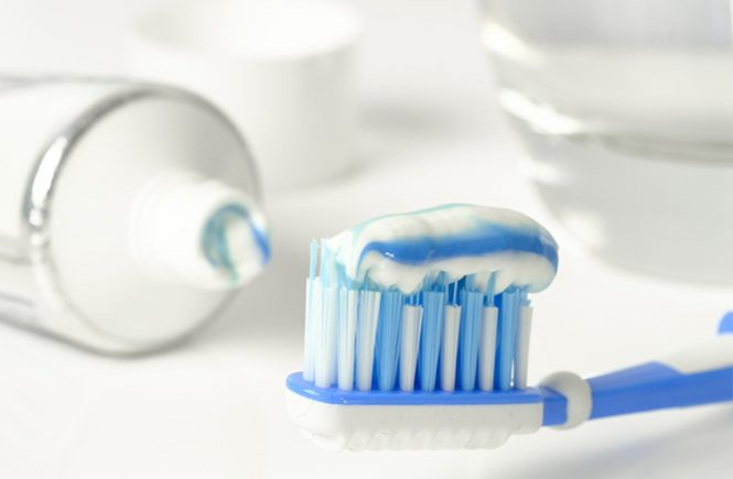 fluoride free toothpaste options