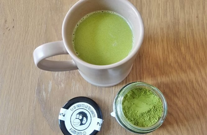 healthy matcha latte made at home