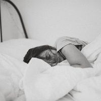 5 ways a good night's sleep improves productivity