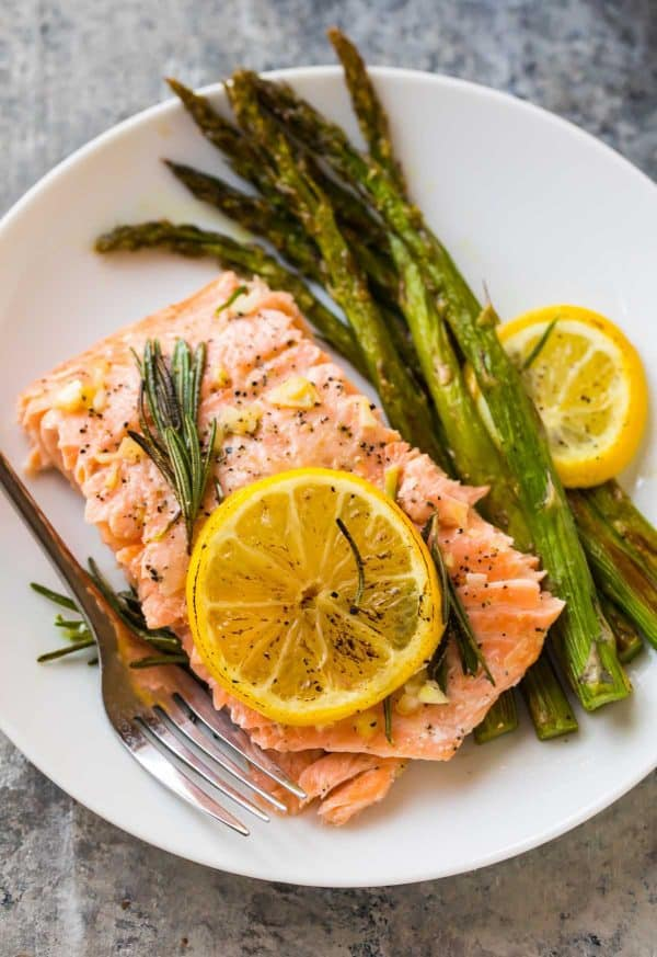 Low-carb Baked Salmon in Foil