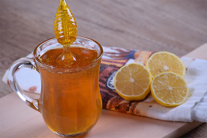 natural hay fever remedy: honey
