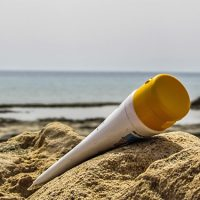 Oxybenzone in Sunscreen: Facts, Dangers and Everything Else You Need to Know
