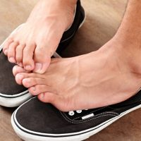 10 Ways To Treat Athlete's Foot Naturally